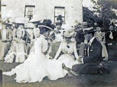 13b-Monas-Wedding-Bramshall-1900Comp.jpg