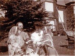 18b-Oakden-Family-1909Comp.jpg