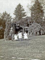 20a-RO-Gladys-Elaine-Dorothy-MB-1906Comp.jpg