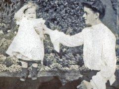 24acrop-Gladys-Aunt-MarianneComp.jpg